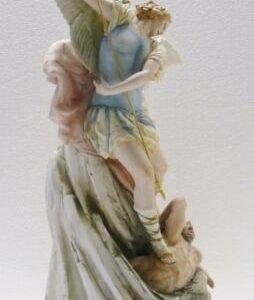 Porcellana di Capodimonte,  L' Arcangelo San Michele, St. Michael the Archangel