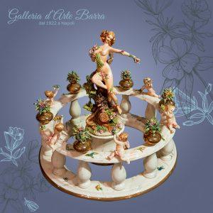 Porcellana di Capodimonte, il Giardinetto con nudo primavera. Centro Tavola.