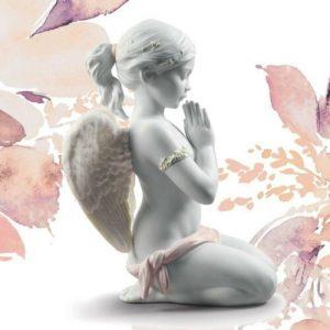 Porcellana artistica Biscuit. Preghiera Celeste. Fantastica creazione.