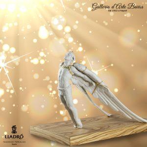 Porcellana artistica Bianca opaca particolari in oro,  by Lladró Figura Icaro