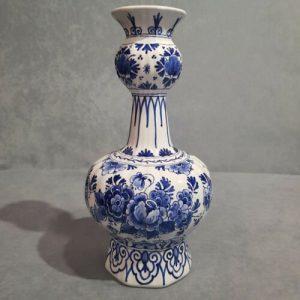 Ceramiche, Porcellane artistiche Royal Delf.The craftsmanship of Royal Delft.