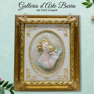 Porcellana di Capodimonte. Quadro a rilievo, Bassorilievo. Maternità.