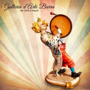 Porcellana di Capodimonte. Clown con Tamburo