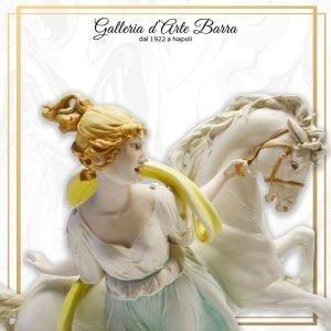 Porcellana di Capodimonte, Amazzone a Cavallo, Equitazione, Dama a Cavallo.