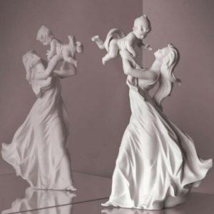 Porcellana artistica by Lladró maternità il mio bellissimo bebè  versione porcellana bianca