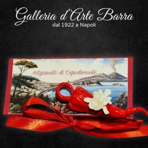 Porcellana Capodimonte. Coppia Di Corni In Miniatura. Porta Fortuna. Con fiori