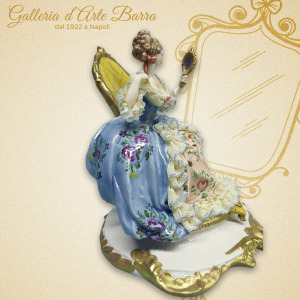 Porcellana capodimonte Dama Specchio. Abito pizzo porcellana Serie elite