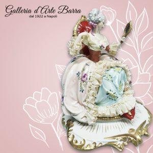 Porcellana capodimonte Dama Specchio Versione Rosa e celeste. Serie Elite