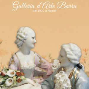 Porcellana Capodimonte, Gruppo Amore Eterno, con base decorata.Abito di pizzo
