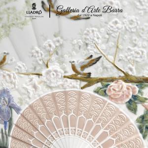 Lladro Porcellana artistica By Lladró. Ventaglio con iris e fiori di ciliegio.