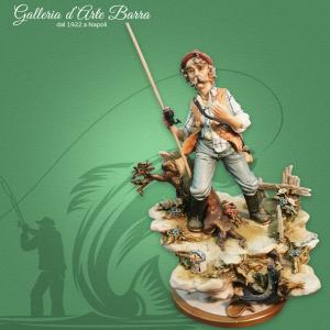 Porcellana di Capodimonte. IL Pescatore, Super realistico.