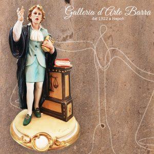 Porcellana di Capodimonte. Avvocatessa. Il dibattimento.