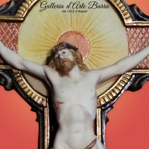 Porcellana di Capodimonte, Cristo in miniatura con croce in porcellana