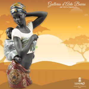 Lladró Porcellana Artistica. Africana con Bimbo
