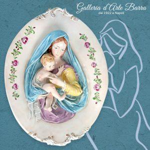 Porcellana di Capodimonte Madonna con Bambino, ovale bassorilievo da Parete.