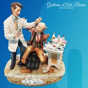 """Porcellana di Capodimonte Dottore, """"Dentista con Paziente"""""""