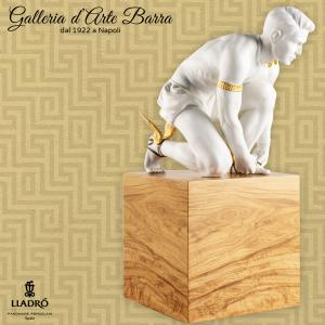 Lladró Porcellana Artistica. Hermes Scultura In Porcellana bianca
